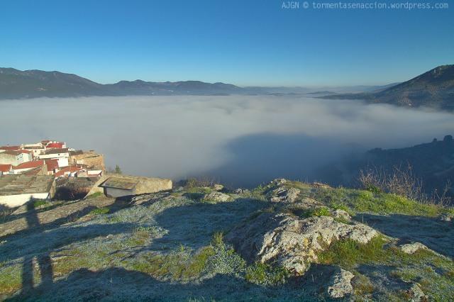 SALA 6: MAR DE NUBES, NIEBLAS / SALE 6: CLOUDS SEA, FOGS
